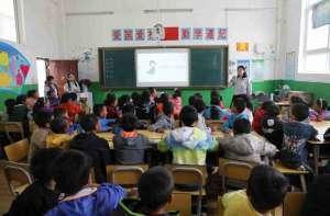 """昕诺飞发起""""光,耀未来""""主题公益活动,点亮全球校园锥形喷嘴"""